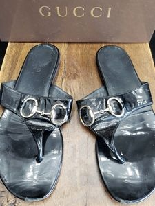 Gucci horsebit thong sandals